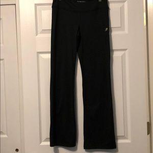 NWOT New Balance Lightning Dry Pants Size Small